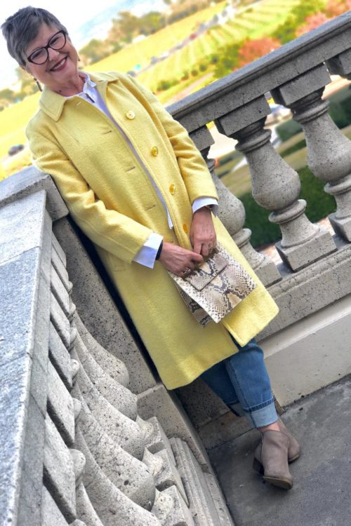 Mixing a vintage bag with a vintage coat on BrendaKinsel.com