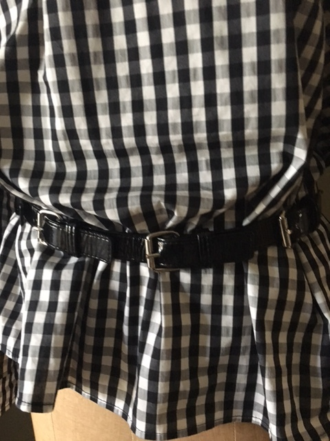 Black patent buckle belt