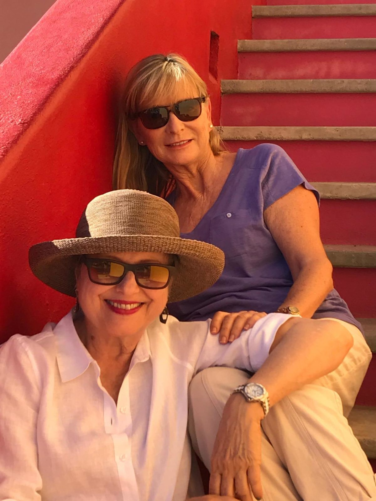 Brenda and Diana in Cabo Sur